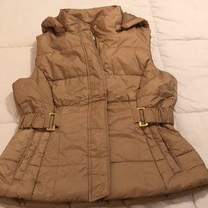New York & Com puffy hooded vest. Medium
